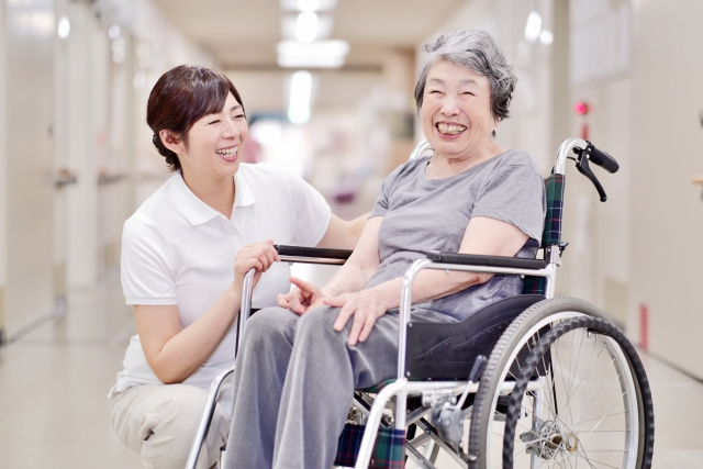 ブランクのある方大歓迎!伊豆の国市にある特養での介護職求人です!|静岡県伊豆の国市 イメージ