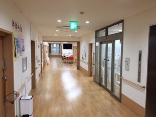 1階ショートステイ廊下